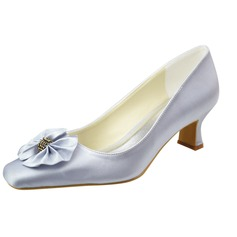 Women's Satin Chunky Heel Closed Toe Pumps With Bowknot