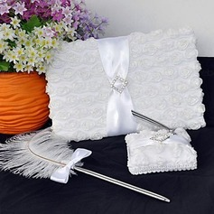 White Rose Guest Book and Feather Pen Set(101018139)