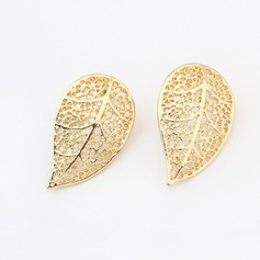 Leaves Shaped Alloy Women's Fashion Earrings