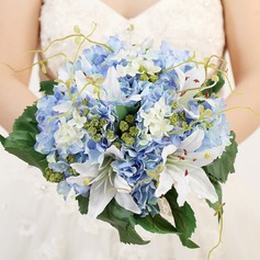 Lovely Round Satin/Ribbon Bridal Bouquets