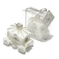 Carriage Design Candle With Ribbons/Tag
