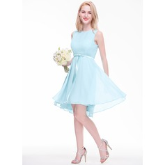 A-Line/Princess Scoop Neck Asymmetrical Chiffon Bridesmaid Dress With Bow(s)