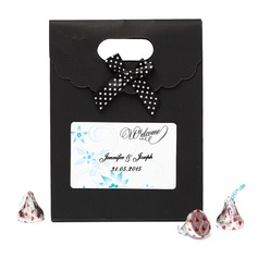 Personalized Flower Design Nonwoven Fabric Favor Bags With Bow (Set of 12)