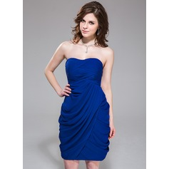 Sheath/Column Sweetheart Knee-Length Chiffon Cocktail Dress With Ruffle
