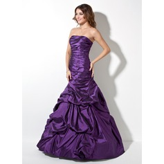 Trumpet/Mermaid Strapless Floor-Length Taffeta Prom Dress With Ruffle
