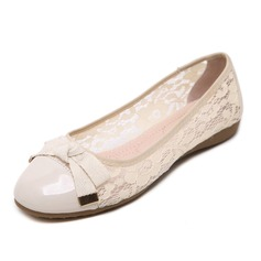 Women's Leatherette Lace Flat Heel Flats Closed Toe shoes (086092688)