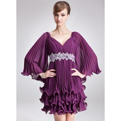 A-Line/Princess V-neck Short/Mini Chiffon Holiday Dress With Beading Sequins Pleated (020036570)