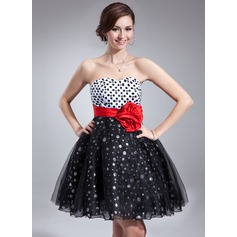 Empire Sweetheart Knee-Length Tulle Homecoming Dress With Flower(s) Sequins