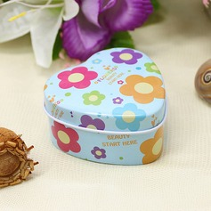 Lovely Heart-shaped Favor Tin