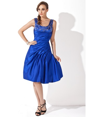 A-Line/Princess Square Neckline Knee-Length Charmeuse Mother of the Bride Dress With Ruffle Beading