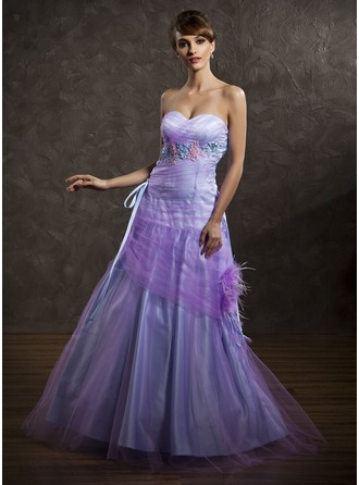 A-Line/Princess Sweetheart Floor-Length Tulle Holiday Dress With Ruffle Feather Appliques Lace