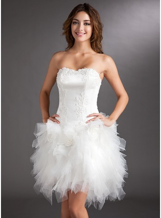 A-Line/Princess Sweetheart Asymmetrical Satin Tulle Cocktail Dress With Appliques Lace Flower(s)