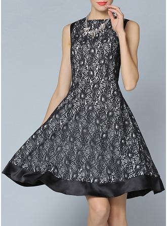 Polyester/Lace With Lace Knee Length Dress