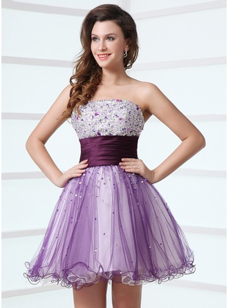 A-Line/Princess Strapless Short/Mini Satin Tulle Cocktail Dress With Ruffle Beading
