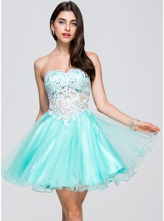 A-Line/Princess Sweetheart Short/Mini Tulle Homecoming Dress With Beading Appliques Lace Sequins