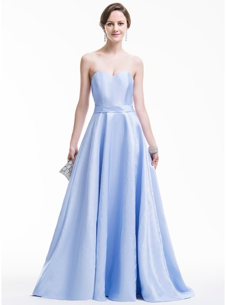 Ball-Gown Sweetheart Sweep Train Taffeta Evening Dress