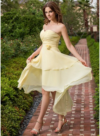 A-Line/Princess Sweetheart Asymmetrical Chiffon Bridesmaid Dress With Ruffle Flower(s)