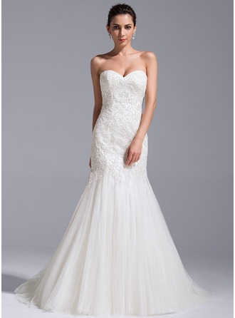 Trumpet/Mermaid Sweetheart Court Train Tulle Lace Wedding Dress With Sequins