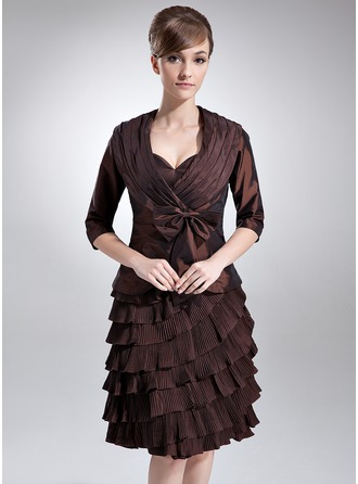 Sheath/Column Sweetheart Knee-Length Taffeta Mother of the Bride Dress With Bow(s) Cascading Ruffles