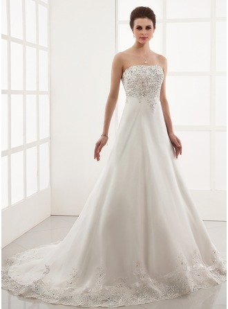 A-Line/Princess Sweetheart Chapel Train Organza Wedding Dress With Embroidery Lace Beading
