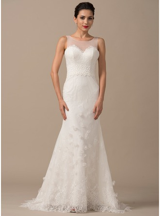 Trumpet/Mermaid Scoop Neck Court Train Tulle Lace Wedding Dress With Flower(s)