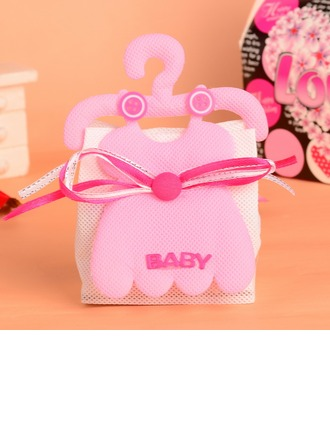 """Baby"" Basket Favor Bags With Ribbons"