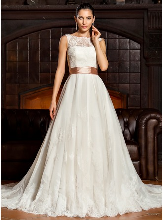 A-Line/Princess Scoop Neck Court Train Tulle Lace Wedding Dress With Bow(s)