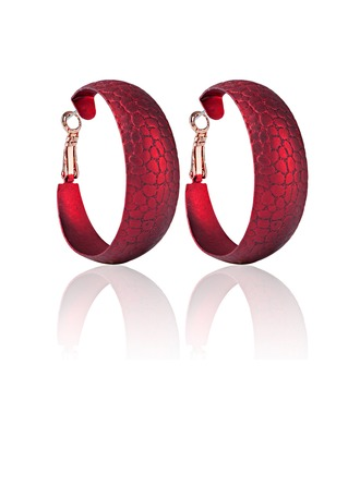 Unique Alloy Gold Plated Ladies' Fashion Earrings