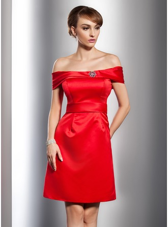 A-Line/Princess Off-the-Shoulder Knee-Length Satin Cocktail Dress With Beading