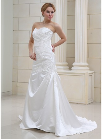 A-Line/Princess Sweetheart Court Train Satin Wedding Dress With Ruffle Appliques Lace