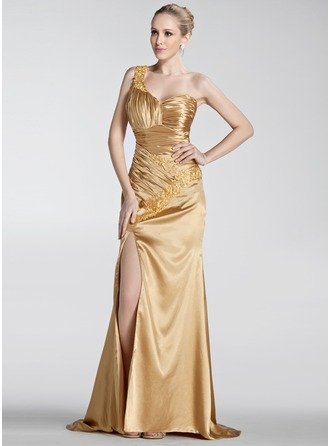 A-Line/Princess One-Shoulder Sweep Train Charmeuse Holiday Dress With Ruffle Beading Appliques Split Front