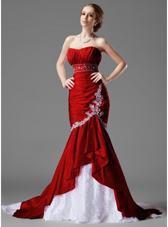 Trumpet/Mermaid Sweetheart Chapel Train Taffeta Lace Wedding Dress With Beading Cascading Ruffles