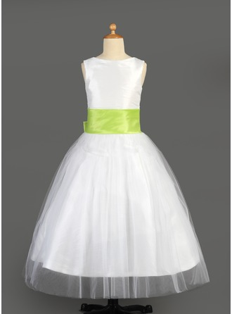 A-Line/Princess Scoop Neck Floor-Length Tulle Flower Girl Dress With Sash Flower(s) Bow(s)
