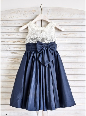 A-Line/Princess Knee-length Flower Girl Dress - Taffeta/Lace Sleeveless High Neck