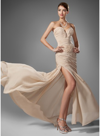 Trumpet/Mermaid Sweetheart Sweep Train Chiffon Prom Dress With Ruffle Beading Split Front