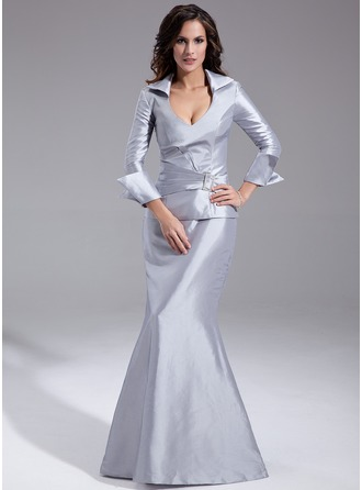 Trumpet/Mermaid V-neck Floor-Length Taffeta Mother of the Bride Dress With Ruffle Crystal Brooch