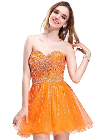 A-Line/Princess Sweetheart Short/Mini Tulle Holiday Dress With Beading Sequins