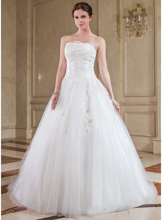 Ball-Gown Strapless Chapel Train Tulle Wedding Dress With Lace