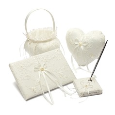 Pure Elegance Collection Set in Satin With Bow/Lace