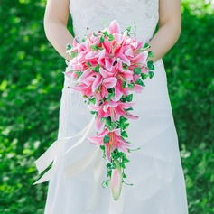 Simple And Elegant Cascade Satin Bridal Bouquets/Bridesmaid Bouquets