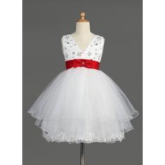 Empire Knee-length Flower Girl Dress - Satin/Tulle Sleeveless V-neck With Lace/Sash/Beading/Bow(s)
