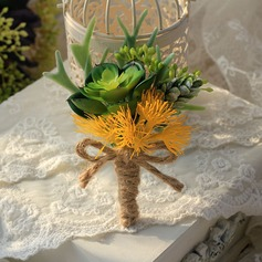 Pretty Cloth Boutonniere