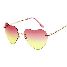UV400 Chic Wayfarer Heart-shaped Sun Glasses
