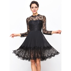 A-Line/Princess Scoop Neck Knee-Length Chiffon Lace Cocktail Dress With Pleated (016055958)