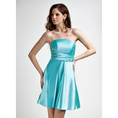 A-Line/Princess Strapless Short/Mini Charmeuse Bridesmaid Dress With Ruffle Bow(s)