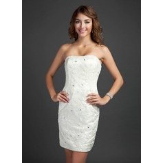 Sheath/Column Strapless Short/Mini Lace Cocktail Dress With Beading