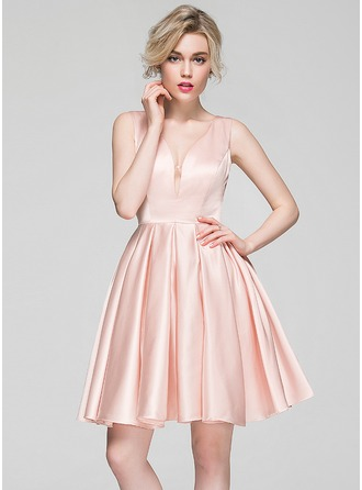 A-Line/Princess V-neck Knee-Length Satin Cocktail Dress
