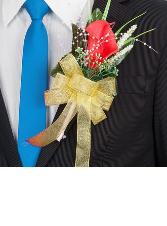 Fancy Free-Form Cloth Boutonniere